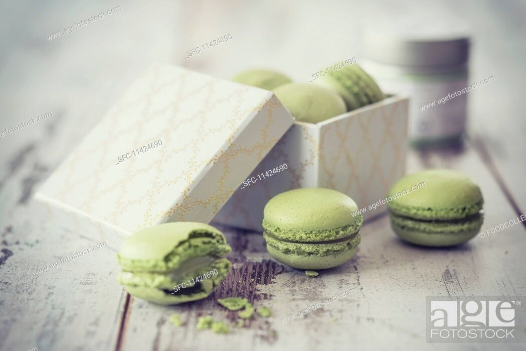 Stock Photo: Matcha macaroons with a gift box.
