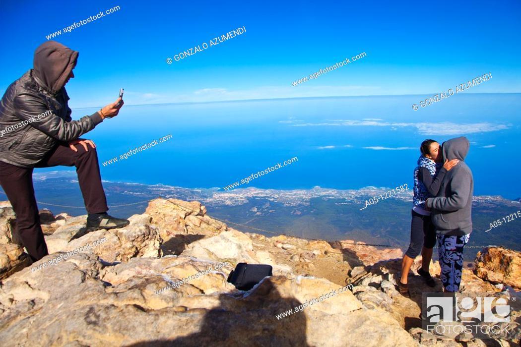 Stock Photo: Climbing to the top of Teide. Teide National Park. Tenerife. Canary Islands. Spain.