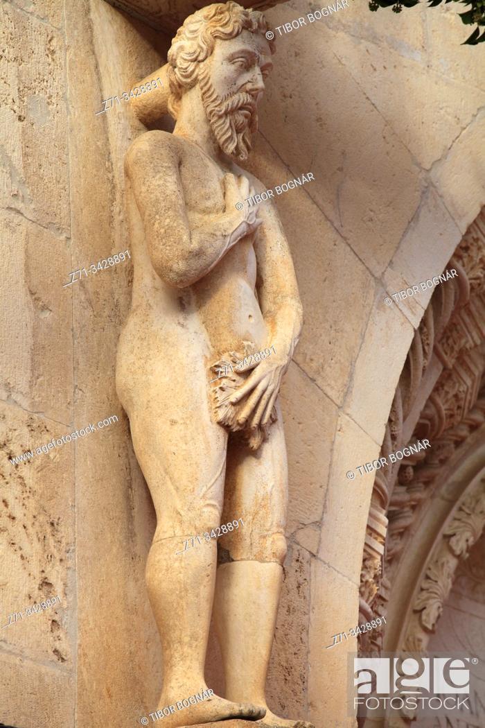 Stock Photo: Croatia, Sibenik, St James Cathedral, Adam statue.