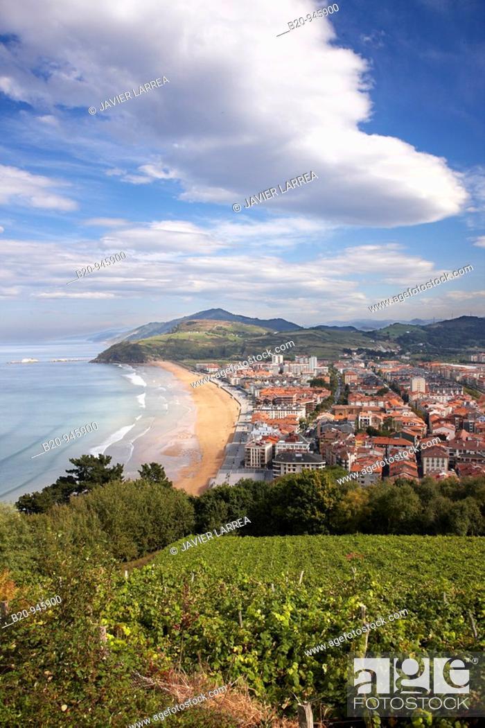 Stock Photo: Zarautz, Guipuzcoa, Basque Country, España.