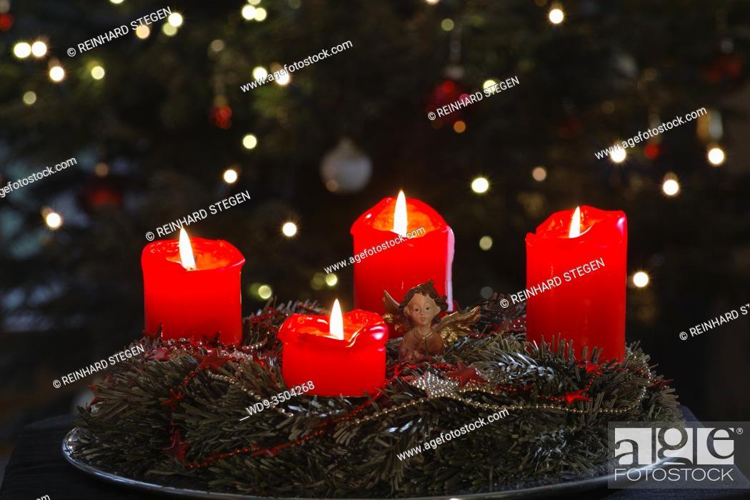 Imagen: advent wreath, german, european pre-Christmas tradition.