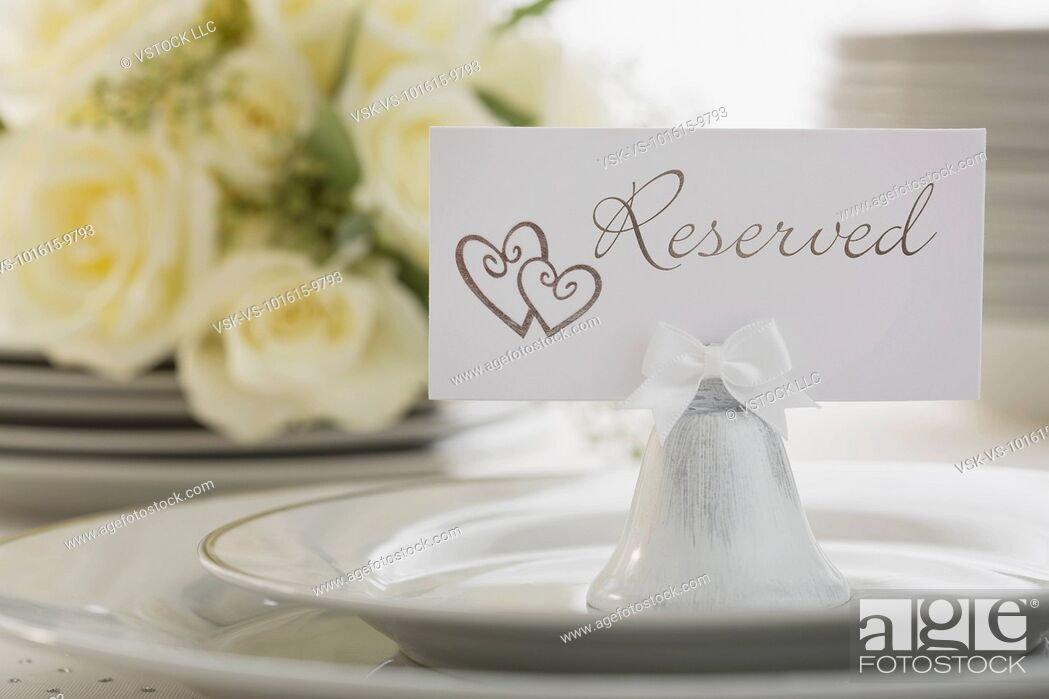 Imagen: Reservation tag on place setting.