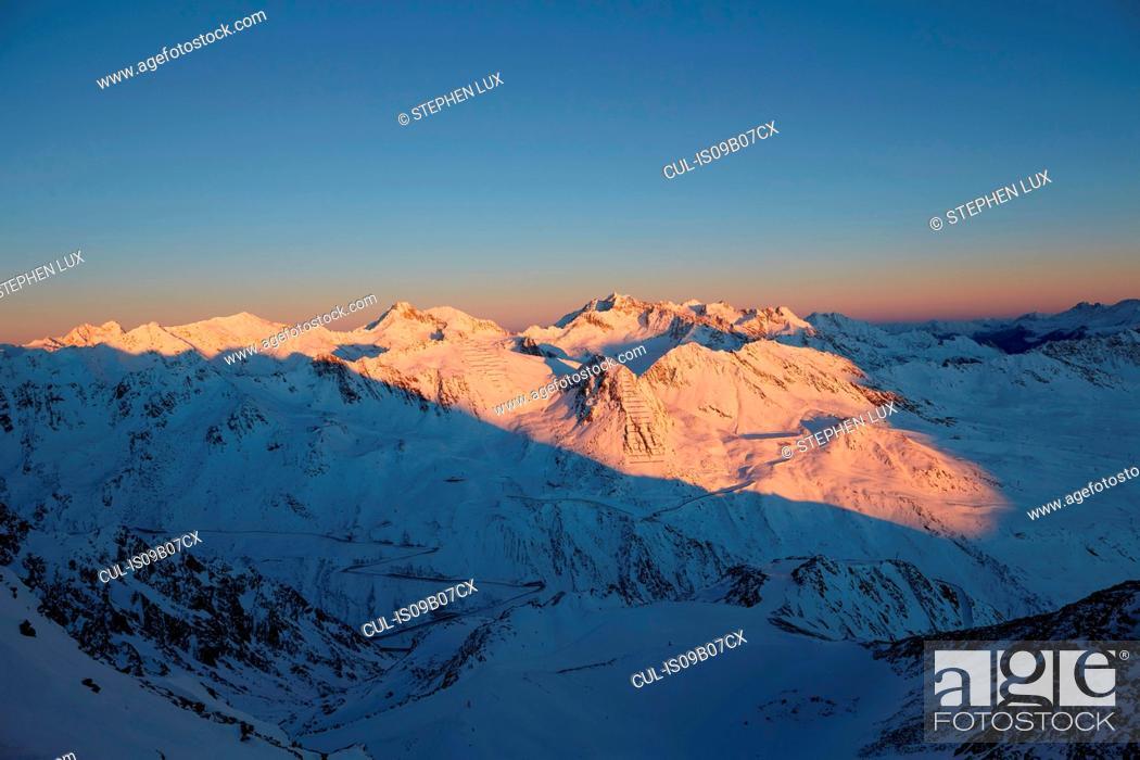 Stock Photo: Gaislachkogel, Otztal Mountains, Otztal, Tyrol, Austria.