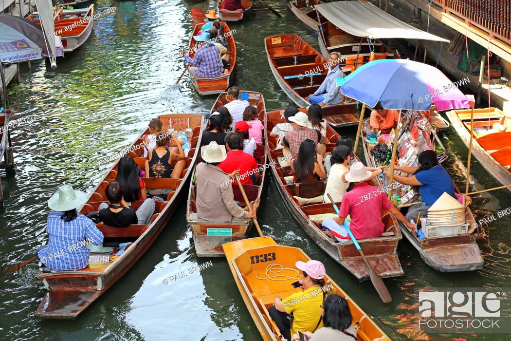 Stock Photo: Damnoen Saduak Floating Market, Ratchaburi near Bangkok, Thailand .