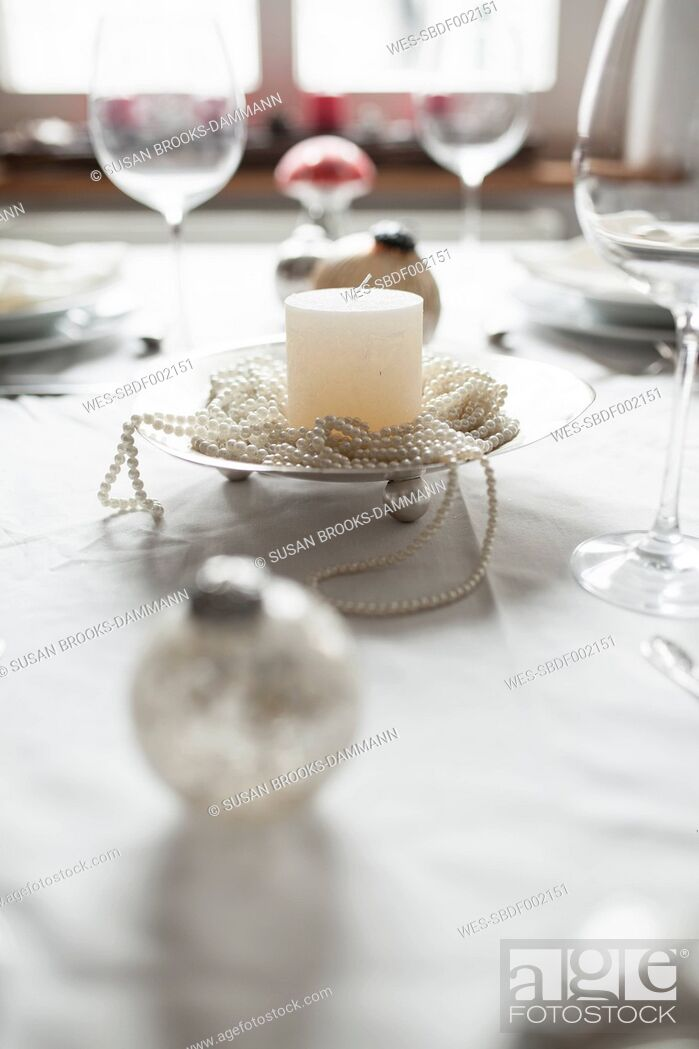 Photo de stock: Festive laid table at Christmas time.