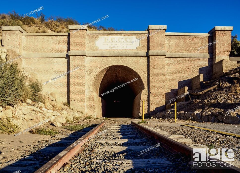 Imagen: Central Chubut Railway Tunnel, Gaiman, The Welsh Settlement, Chubut Province, Patagonia, Argentina.