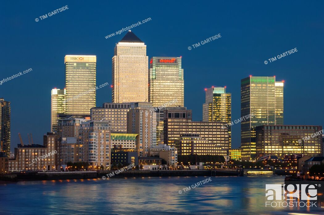 Stock Photo: canary wharf, isle of dogs, london, england, uk, europe.