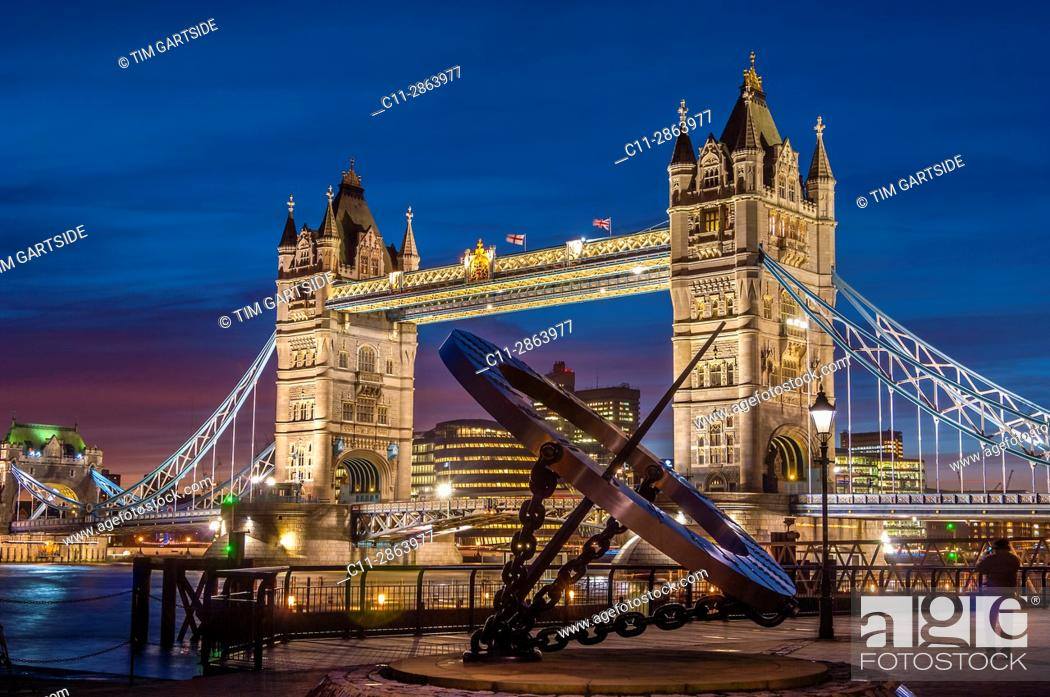 Stock Photo: Tower Bridge, Time Dial, London, England, UK.