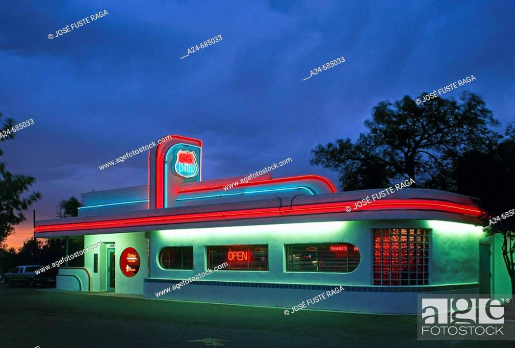 Stock Photo: Roadside Café at Route 66. California, USA (June 2007).