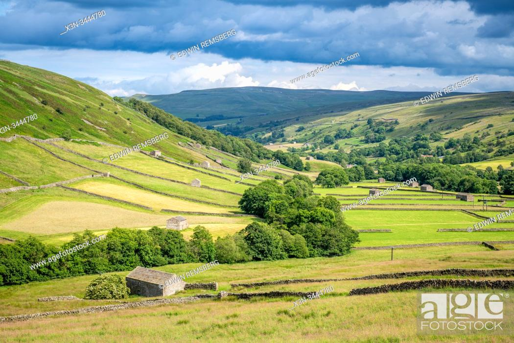 Stock Photo: Stone structures dot the fields of the Yorkshire Dales, Yorkshire, United Kingdom.
