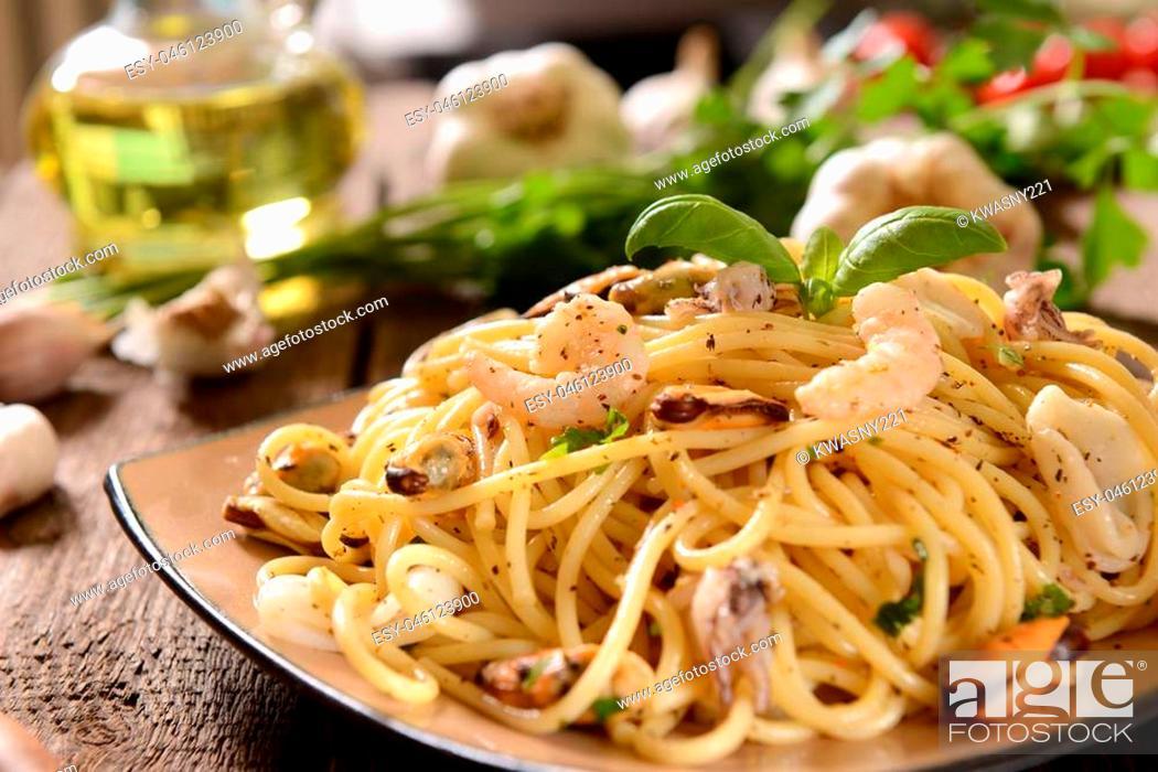 Stock Photo: Spaghetti pasta with seafood.