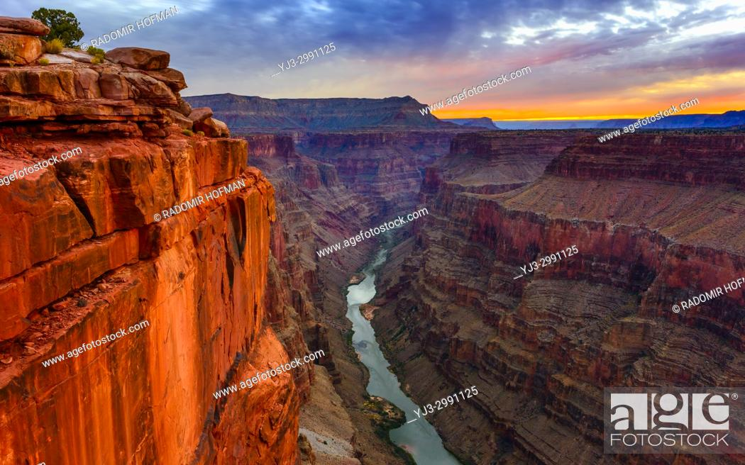Stock Photo: Toroweap Overlook at dawn, Grand Canyon National Park Arizona, USA. It's 3000 feet above the Colorado River, straight drop down from the top.