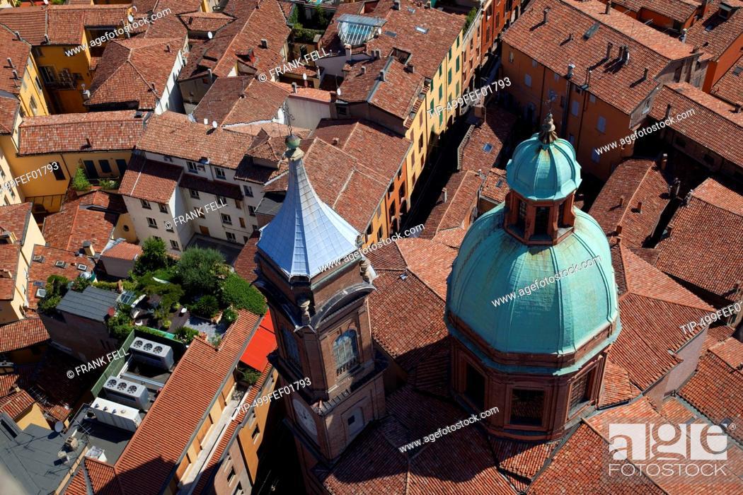 Stock Photo: Italy, Emilia-Romagna, Bologna roofs.