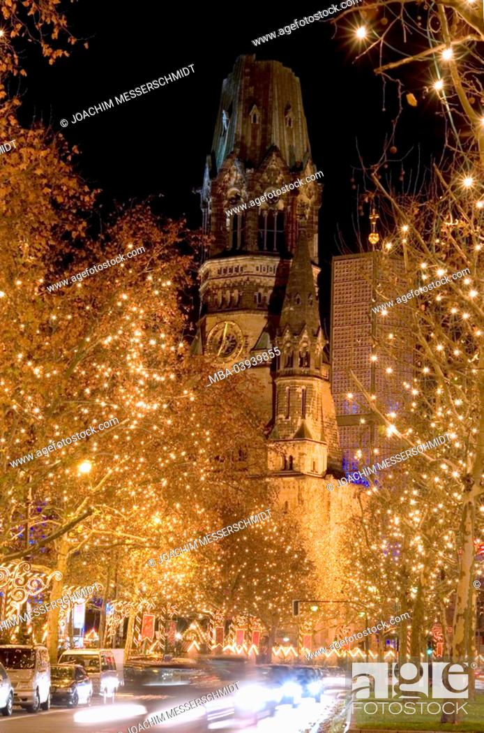 Stock Photo: Germany, Berlin, Kurfürstendamm, Kaiser-Wilhelm-Gedächtnis-Kirche, street scenery, christmas-illumination, evening, capital, center, buildings, church.