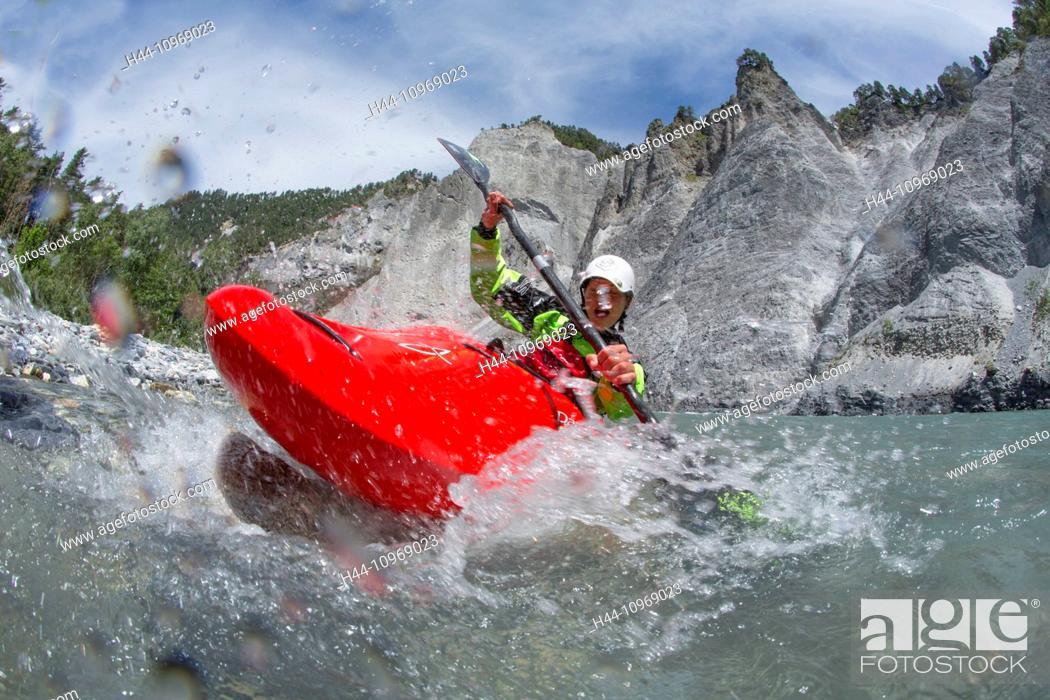 Stock Photo: Rhine gulch, water sport, Versam, GR, river, flow, body of water, water, gulch, canton, GR, Graubünden, Grisons, Rhine, Vorderrhein, ruin alta, water sport.