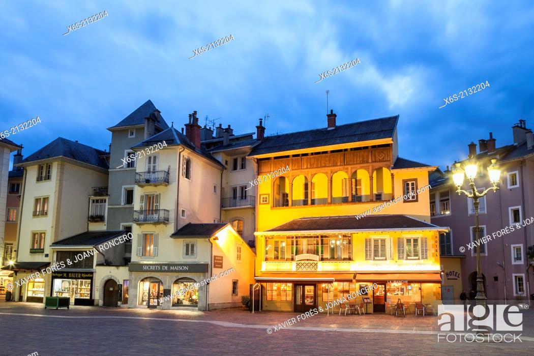Stock Photo: Place de l'Hôtel de Ville, Chambery, Rhône-Alpes, France.