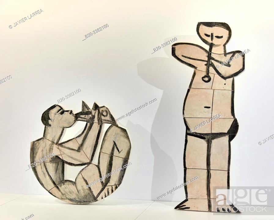 """Stock Photo: """"Jouer de diable assis"""" et """"Jouer de flûte debout"""", 1958, Pablo Picasso, Picasso Museum, Paris, France, Europe."""