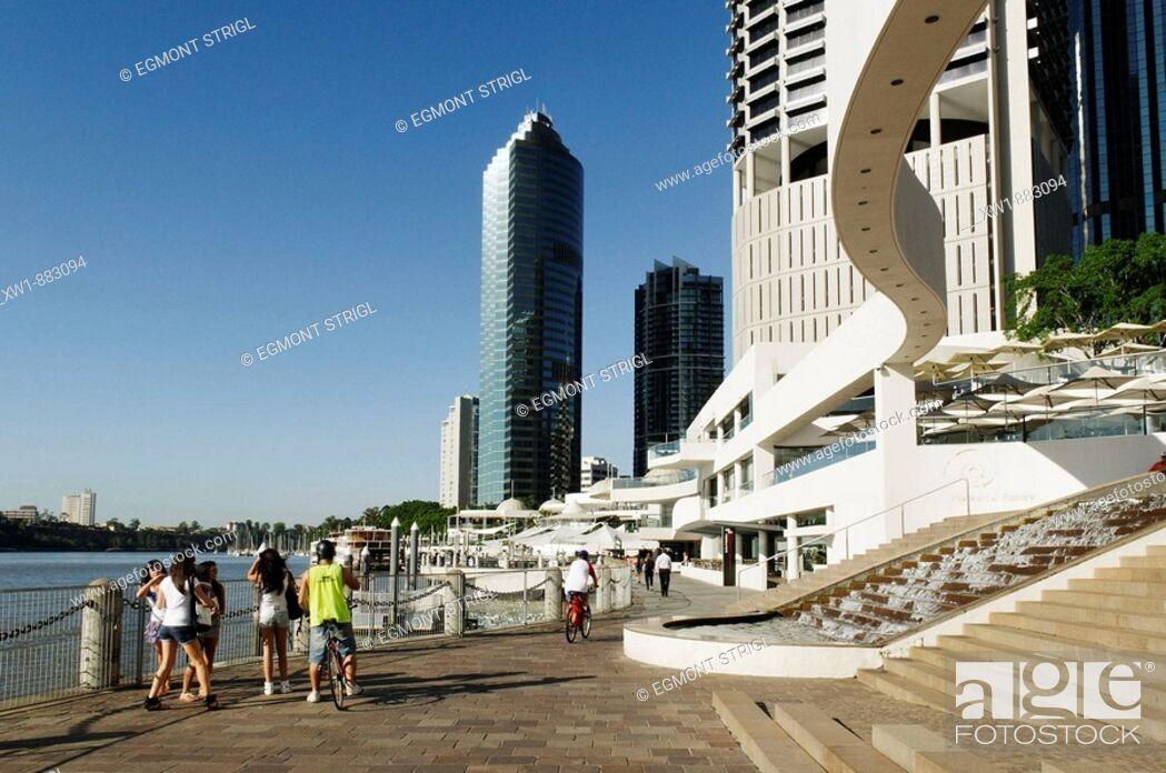 Imagen: Eagle Street Pier at Brisbane River, Brisbane, Queensland, Australia.