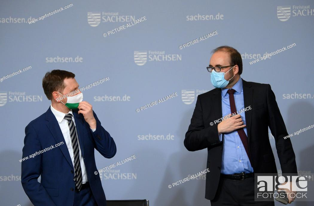 Imagen: 04 March 2021, Saxony, Dresden: Michael Kretschmer (CDU, l), Prime Minister of Saxony, and Christian Piwarz (CDU), Minister of Education and Cultural Affairs of.