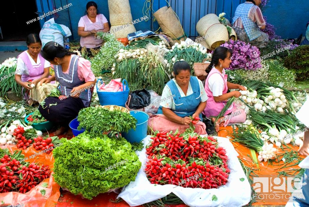 Stock Photo: Sunday market in Tlacolula town.Vegetable vendors  . Oaxaca, Mexico.