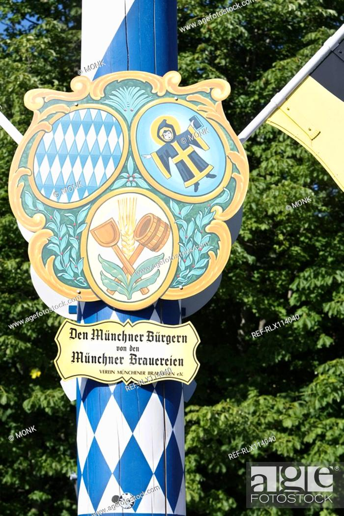 Stock Photo: Maypole Viktualienmarkt Munich, Bavaria, Germany.
