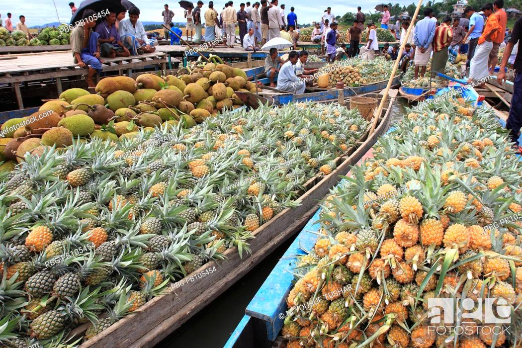 Stock Photo: Floating wholesale fruits market in Rangamti, one of the hill districts of Bangladesh June 2008.