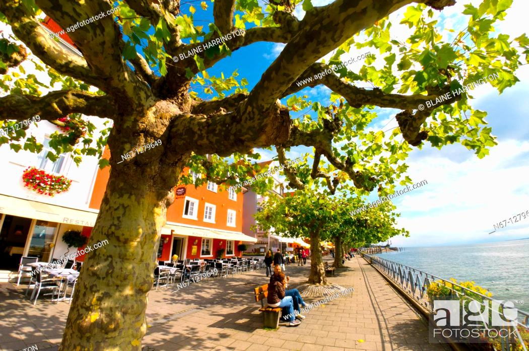 Stock Photo: The medieval city of Meersburg on Lake Constance Bodensee, Baden-Württemberg, Germany.