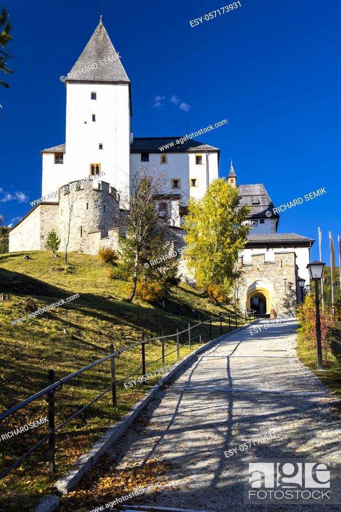 Stock Photo: Mauterndorf castle, Tamsweg district, Province of Salzburg, Austria.