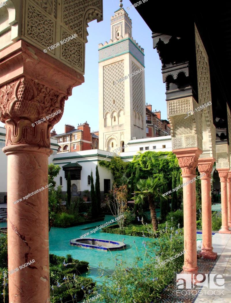 Stock Photo: France, Paris, Mosque,.