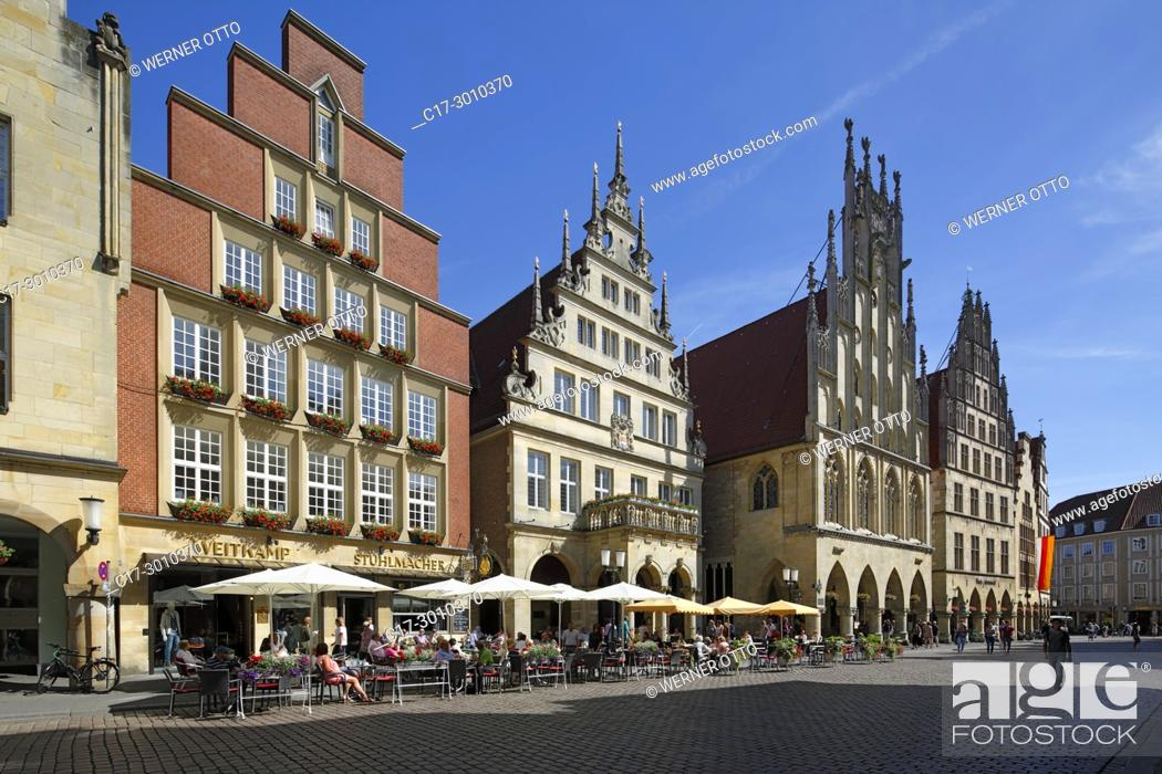 Stock Photo: Muenster (Westfalen), D-Muenster, Westphalia, Muensterland, North Rhine-Westphalia, NRW, gabled houses at the Prinzipal Market Place, row of houses.
