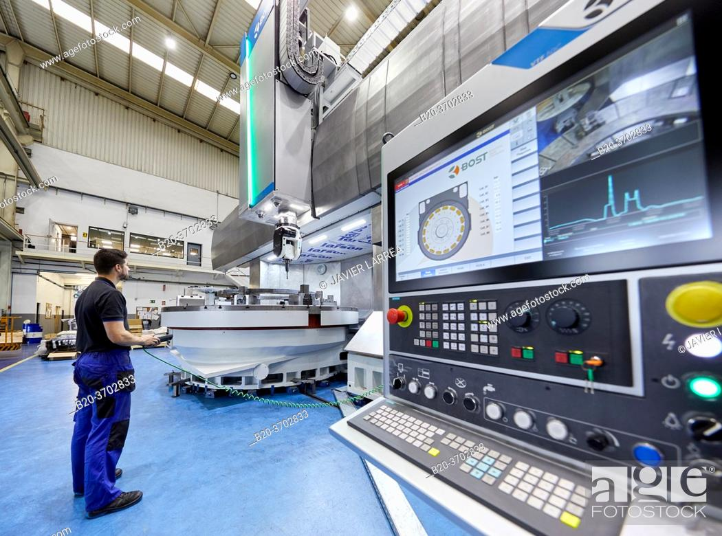 Imagen: Control center, Construction of machine tools, machining centre, CNC, Vertical turning and Milling lathe, Metal industry, Gipuzkoa, Basque Country, Spain.