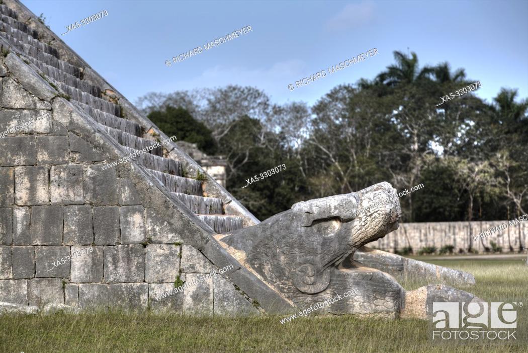 Imagen: Serpent Head, El Castillo, Chichen Itza, UNESCO World Heritage Site, Yucatan, Mexico.