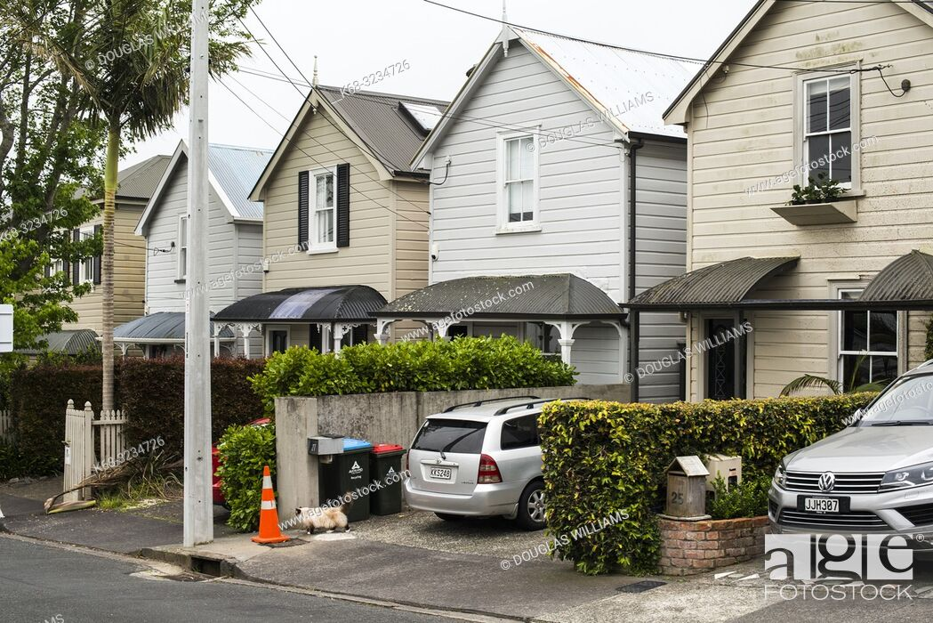 Stock Photo: Older home in the Ponsonby area of Auckland, New Zealand.