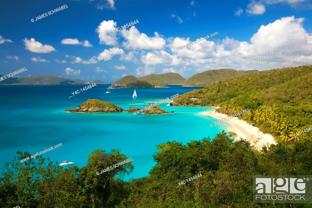 Imagen: Trunk Bay Beach in the Virgin Islands National Park on the caribbean island of St John in the US Virgin Islands.