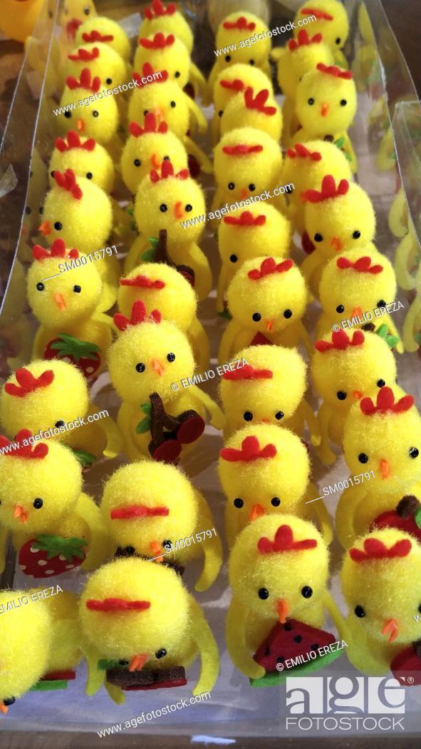 Stock Photo: Fluffy chicks for Easter. Catalonia, Spain.