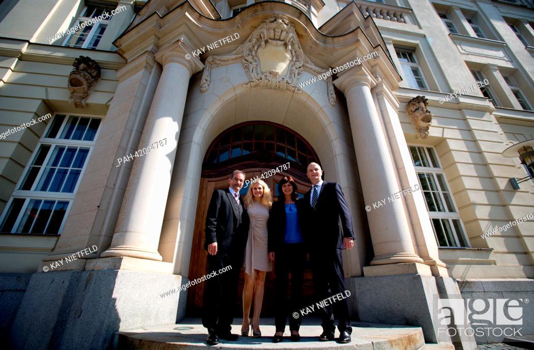 Brandenburgs Former Premier Matthias Platzeck L And His Wife