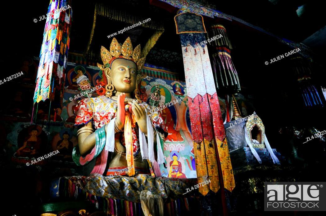 Stock Photo: India, Jammu and Kashmir, Ladakh, Nubra valley, Buddhist monastery of Samstanling in Sumur, statue of Buddha.