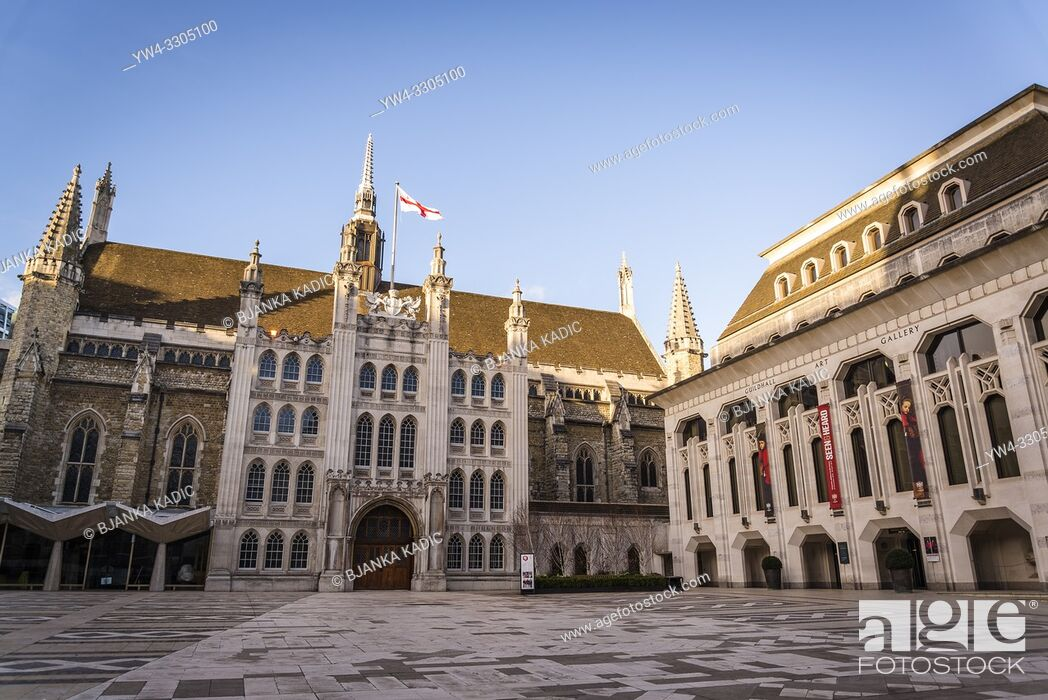 Photo de stock: Guildhall and the Guildhall Art Gallery, City of London, England, UK.