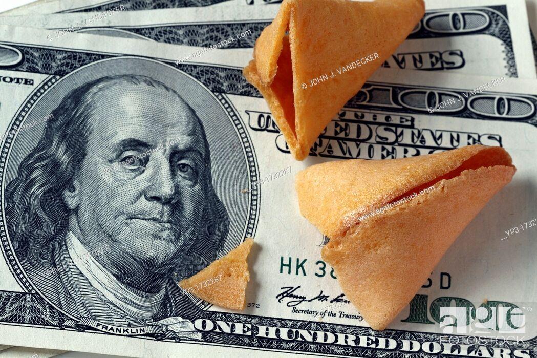 Imagen: Fortune cookie money.
