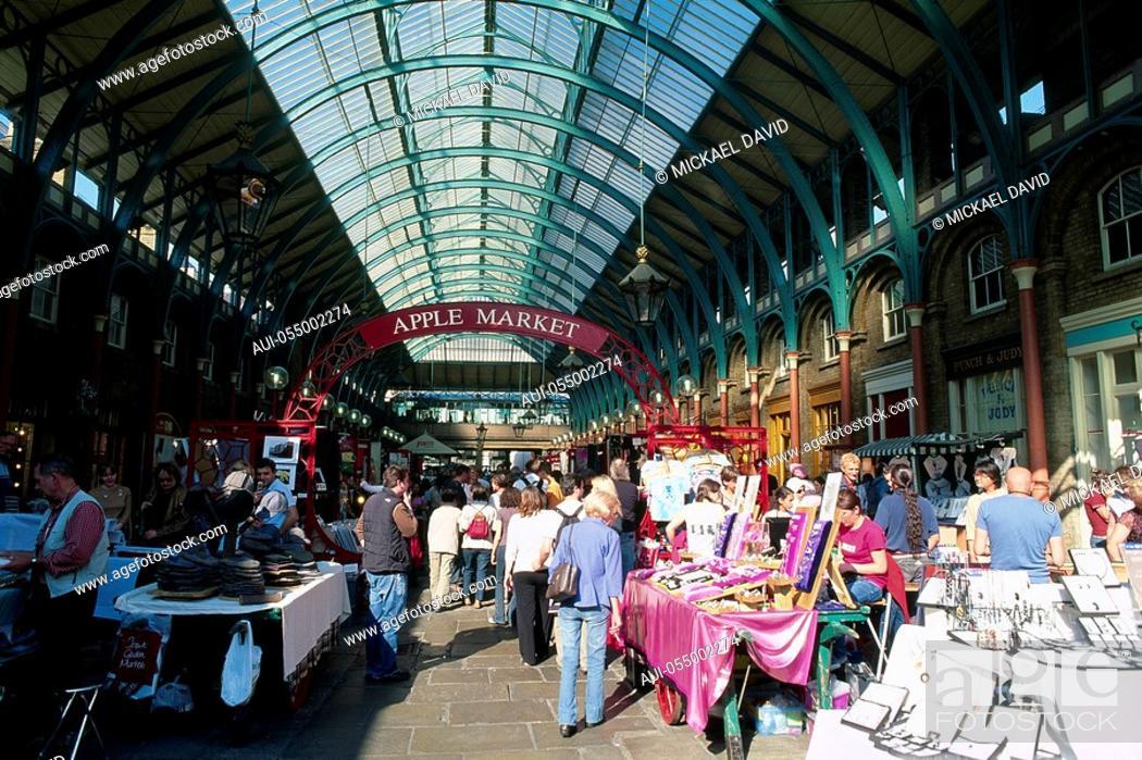 Stock Photo: England - London - Soho district - Covent Garden Market.