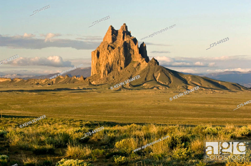 Stock Photo: Shiprock at sunrise, Exposed Volcanic Plug 7178 feet high, Northern New Mexico, USA.