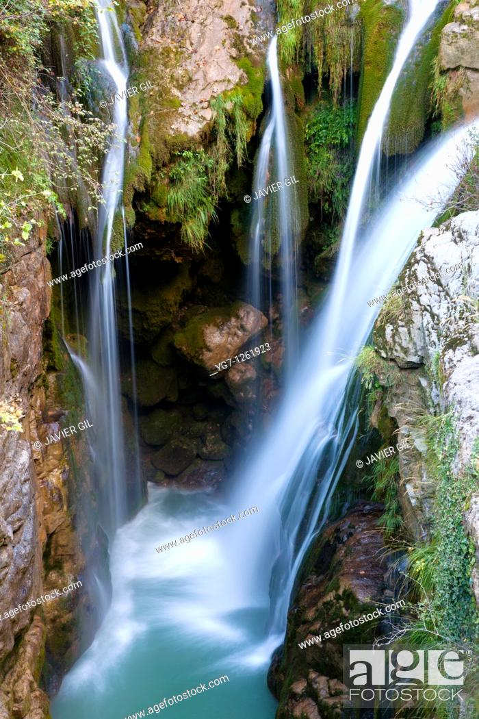 Stock Photo: Waterfall of Molino de Aso, Ordesa, Huesca, Spain.