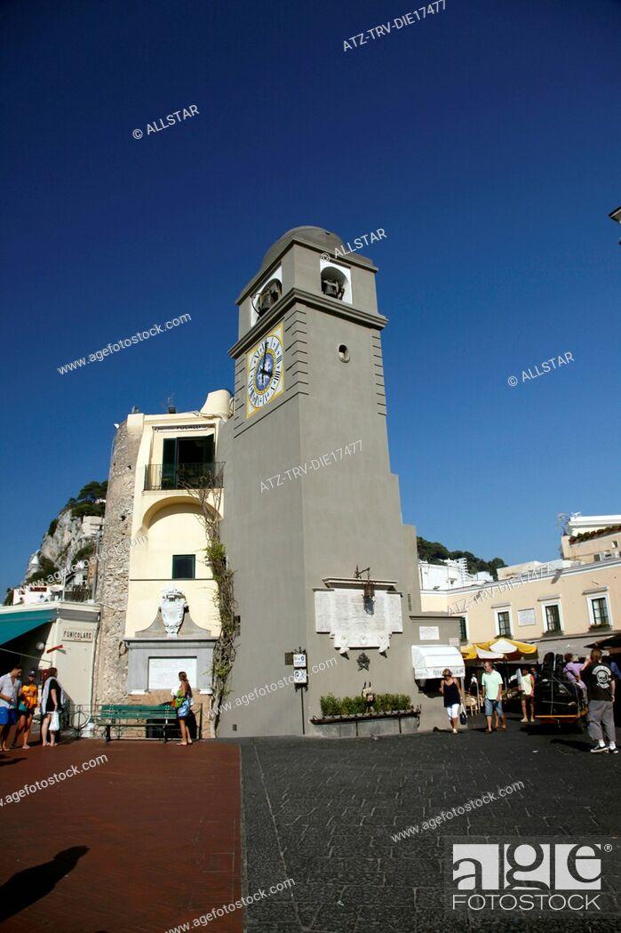 Stock Photo: CLOCK TOWER AT PIAZZA UMBERTO I, LA PIAZZETTA; ISLAND OF CAPRI, ITALY; 17/09/2011.