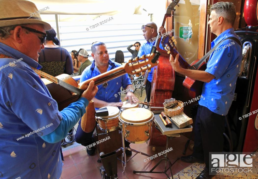 Stock Photo: Cuba, Havana, musicians, people, .