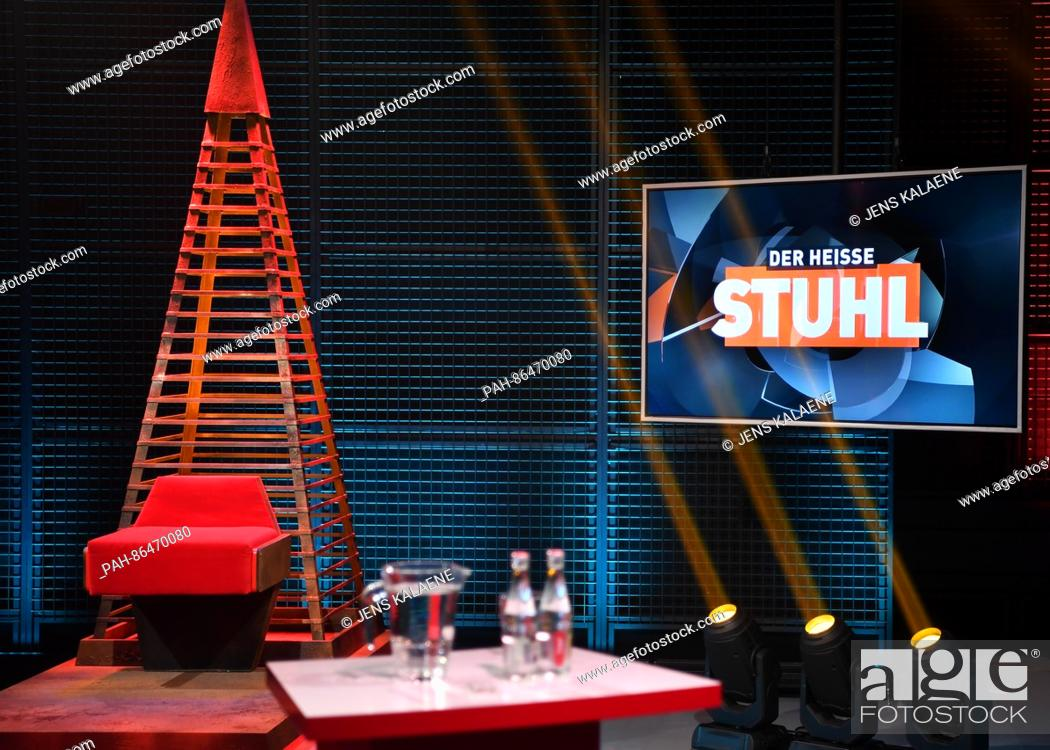 The Studio Of The Rtl Discussion Program Der Heisse Stuhl Lit