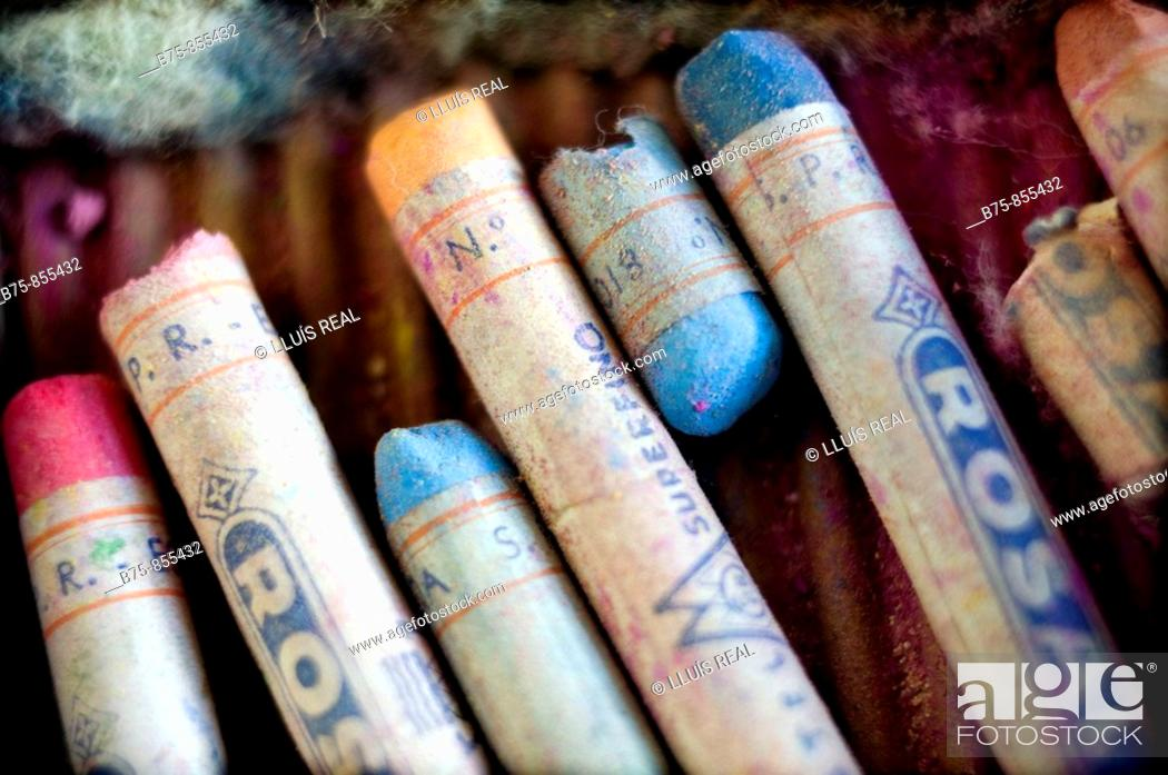 Stock Photo: Old pastels.