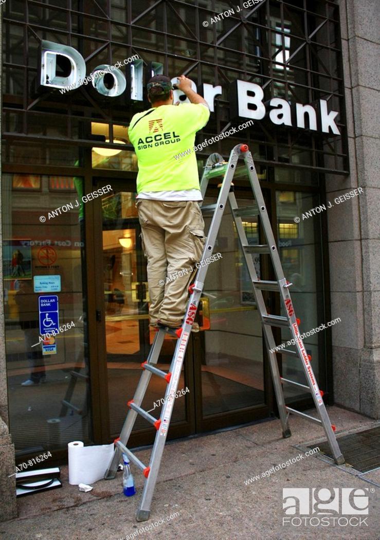 Stock Photo: Dollar Bank. Pittsburgh. Pennsylvania. USA.