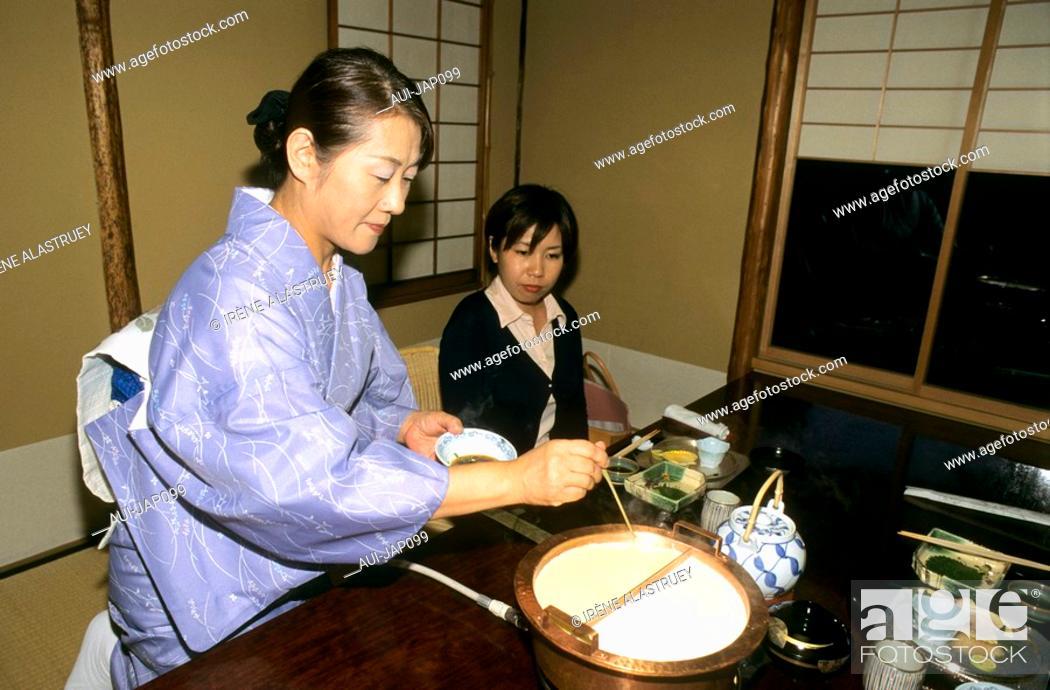 Stock Photo: Japan - Kyoto - Gastronomy - Tofu specialty in Yudofu Restaurant.