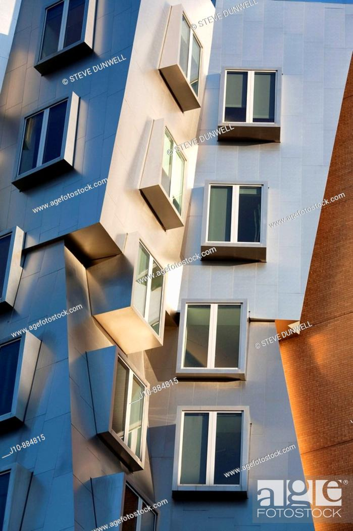 Stock Photo: Stata Center (architect Frank O. Gehry), MIT, Cambridge, Massachusetts, USA.