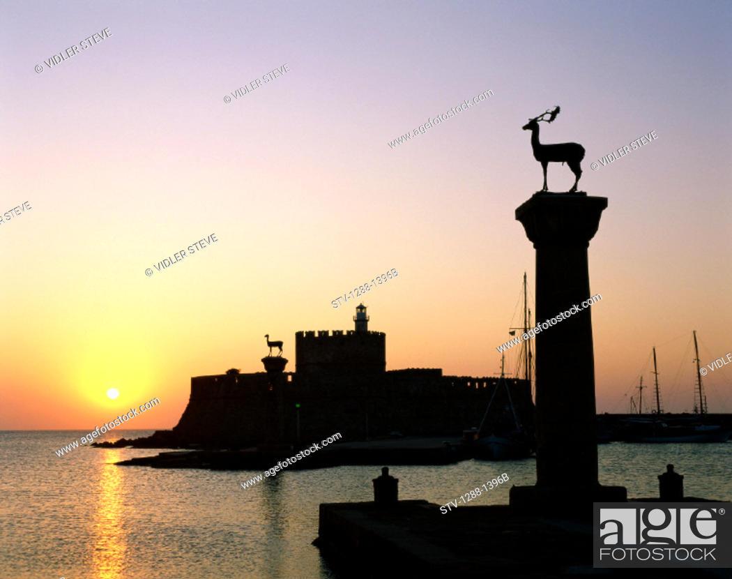 Stock Photo: Entrance, Europe, Greece, Europe, Harbor, Holiday, Landmark, Mandraki, Mediterranean, Rhodes, Statues, Sun, Sunrise, Sunset, Tou.